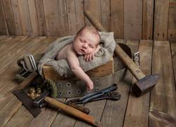 baby_in_gereedschapskist,baby