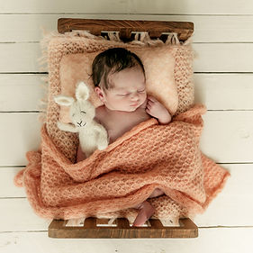 babyfotografie,newbornfotografe,babyinbed,newborn_fotografie_props,baby)in_bed_fotografie,newborn_fotograaf_maasbree,baby_fotograaf,baby_fotograferen,