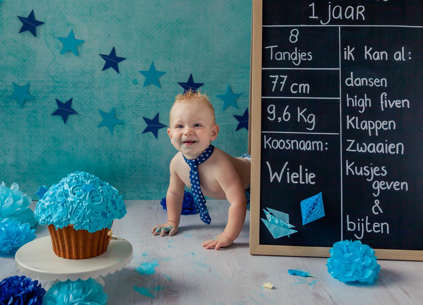 fotograaflimburg,fotograaf-limburg,verjaardag_fotografie,verjaardag_vieren_bij_fotograaf,1_jaar_foto