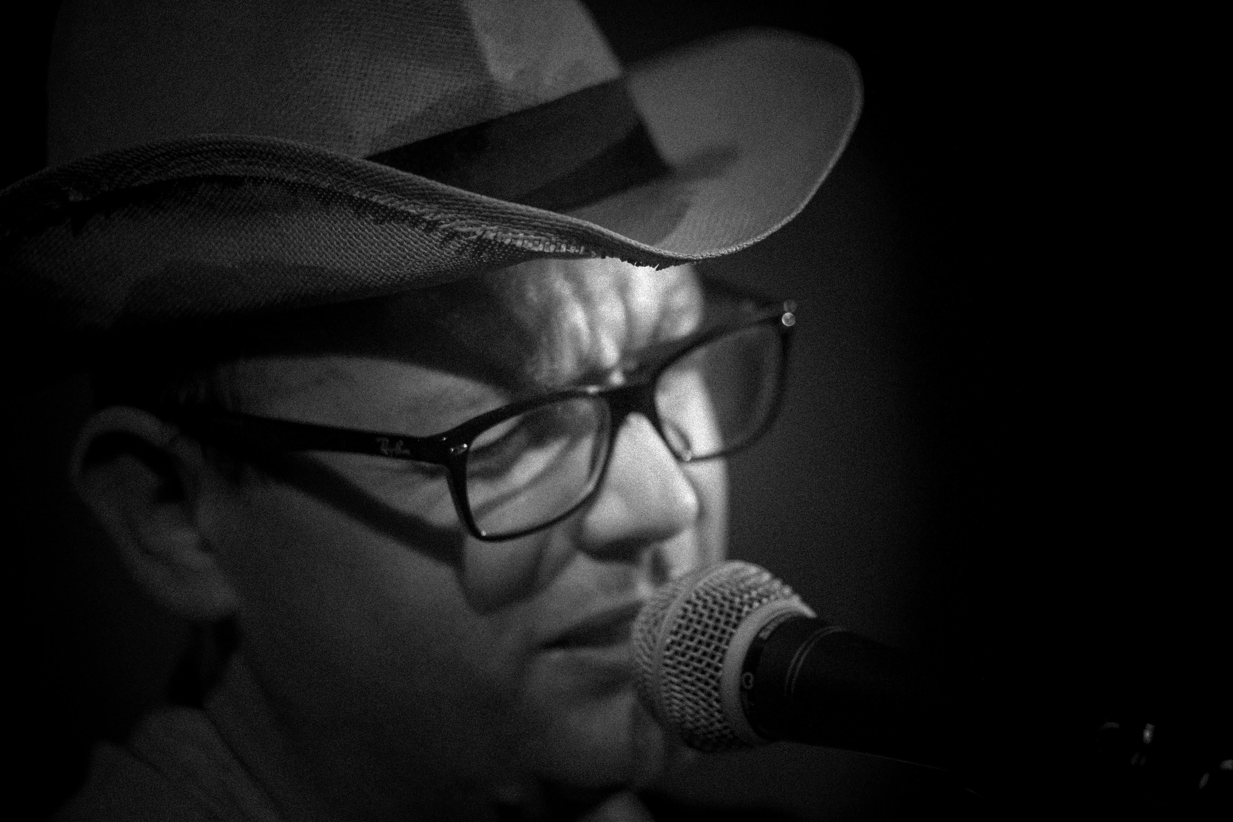 Luciano Macchia crooner