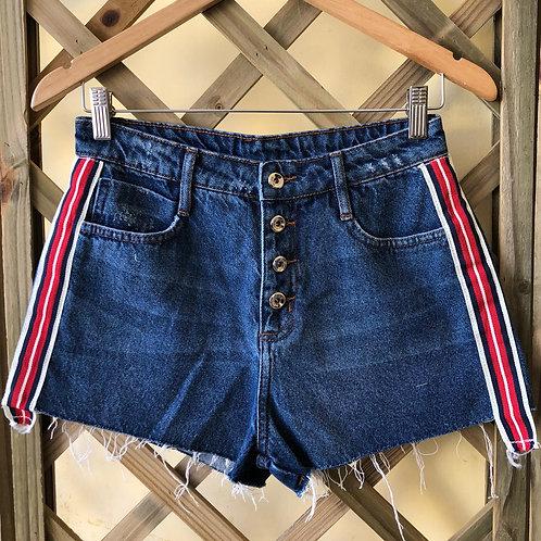 Shorts jeans c/fecho de botões da Ink Jeans