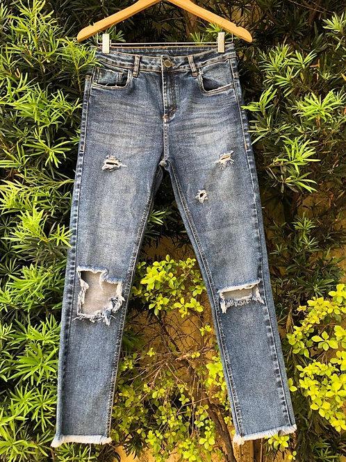 Calça jeans destroyed da John John Denim