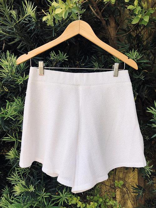 Short branco cintura alta c/leve brilho da GB