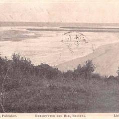 Beakwater and the bar, Ballina 1905