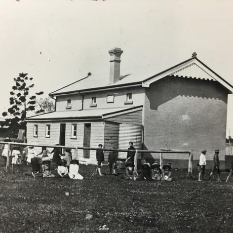 German Creek (Empire Vale) school