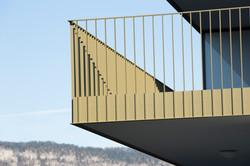 Balkon mit Staketengeländer