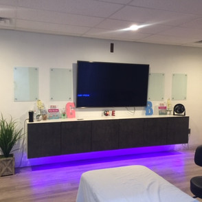 Ultrasound Room Glow