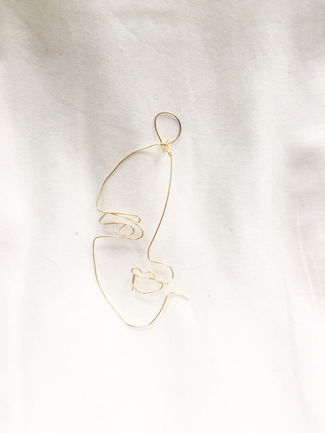 Wired earring