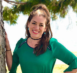 Erika Sandstrom @GreenScreenGal head sho