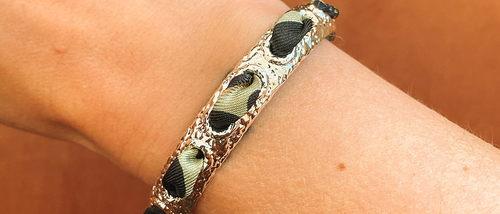 Bracelet Queen et ruban Léopard, vert sauge