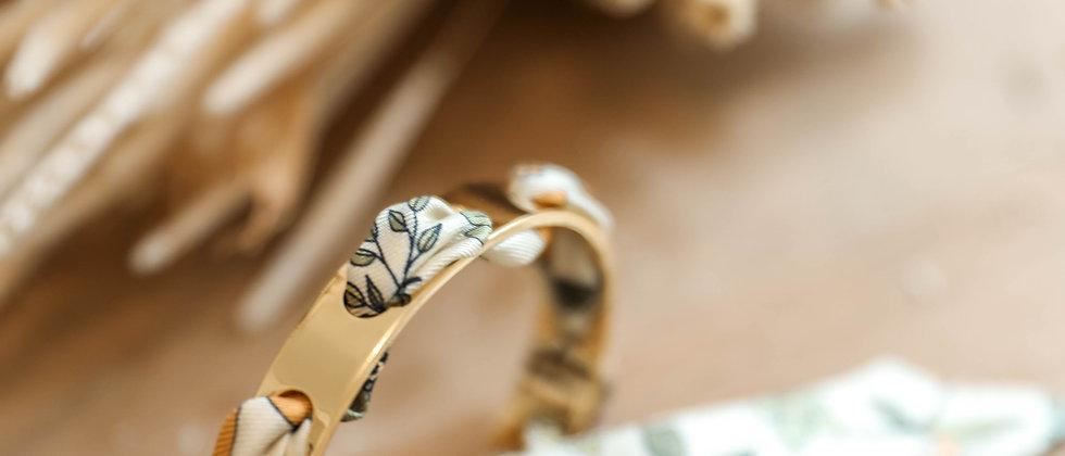 Bracelet Proust et ruban Liberty blanc cassé