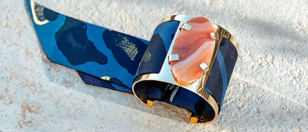 Grande manchette MERCURE, agate cornaline et bracelet Léopard, marine