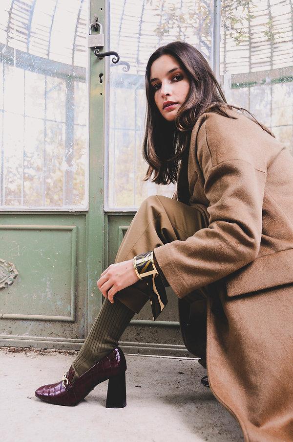 Manchette AN-NEE, et bracelet en soie Le Zèbre khaki, par Alexia Nokovitch
