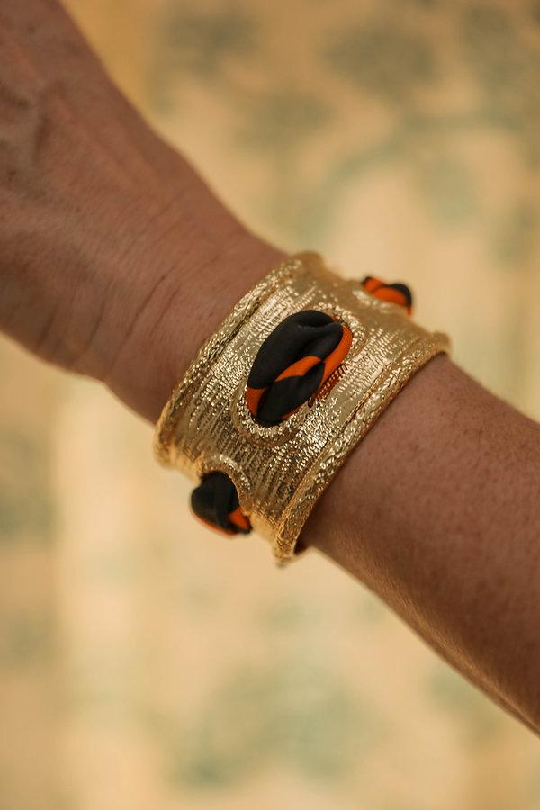 Manchette QUEEN et bracelet Léopard orange AN-NEE, par Alexia Nokovitch