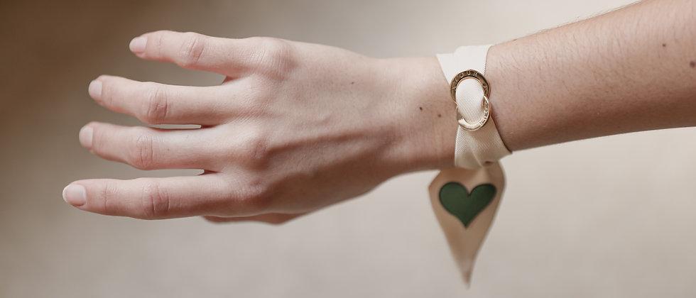 Ensemble Ornement et bracelet en soie AMOUR