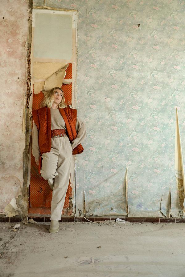 Carré en soie AN-NEE dessiné par Alexia Nokovitch