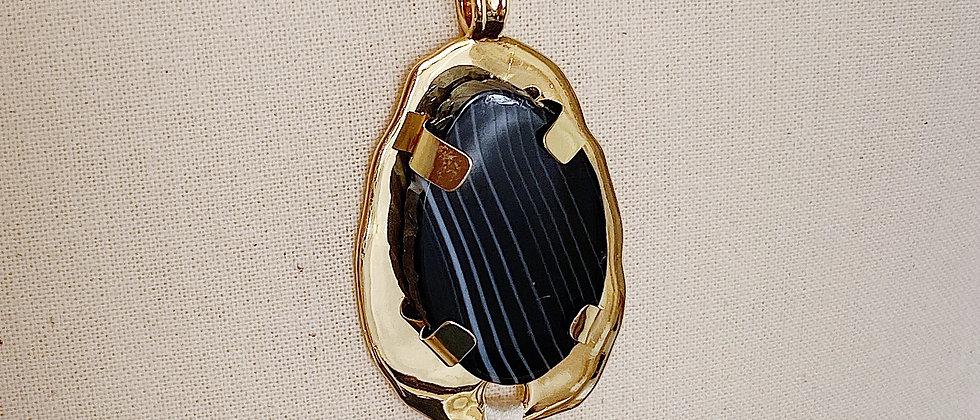 Collier Mercure à Agate Noire et pompon blanc cassé