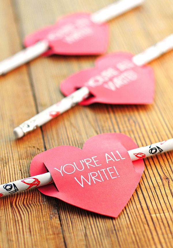 https://shewearsmanyhats.com/kids-valentines-day-card-free-printable/