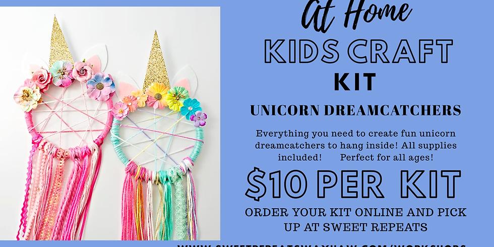 At Home Kids Unicorn dream catchers kit