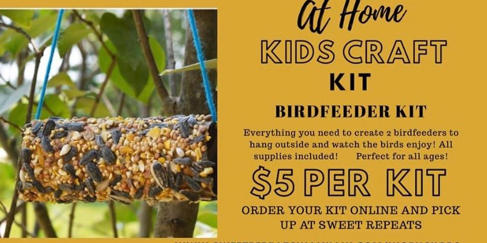 AT HOME Kids Birdfeeder Craft Kit