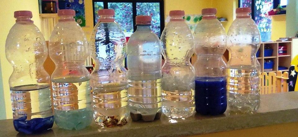 """Le bottigliette di acqua """"sonore"""""""