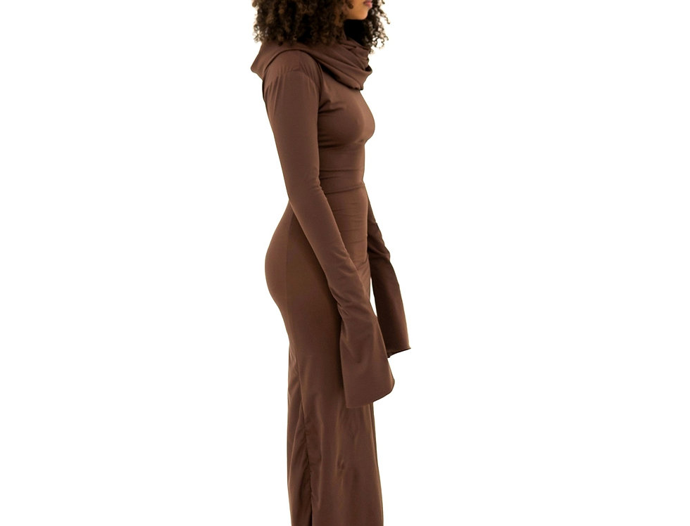 BROWN GOWN