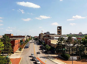 600px-Lawrence,_Kansas_skyline_2018.jpg