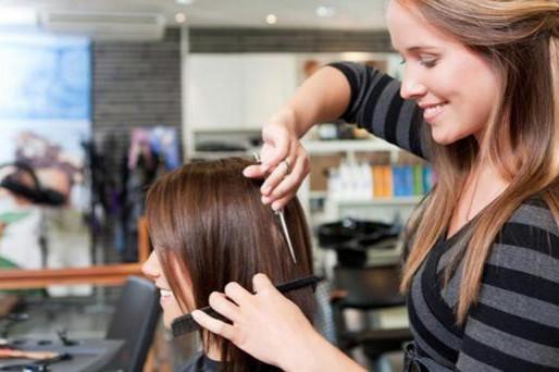 Gastos dos brasileiros no setor de beleza aumentam após flexibilização da quarentena