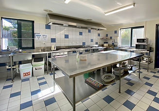 kitchen large.jpg