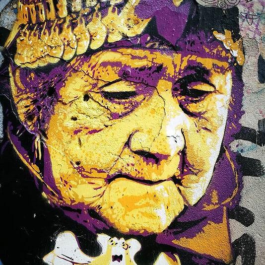 Woman thinking._Graff by Cobain.jpg