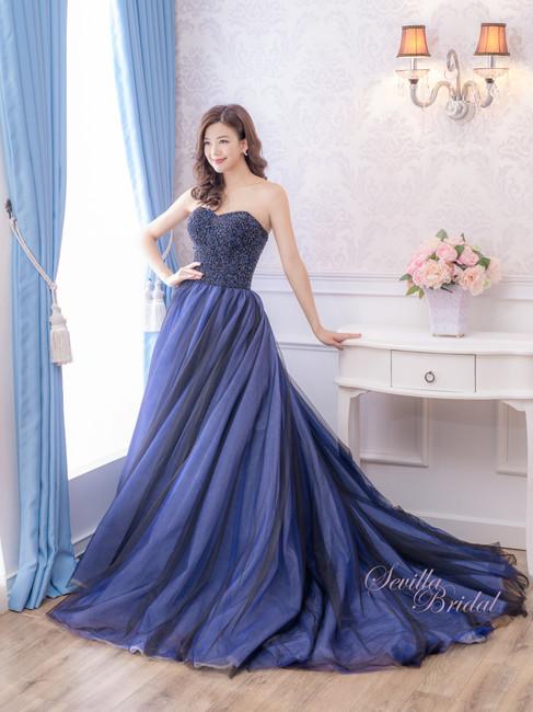 心型胸深藍色閃石晚裝