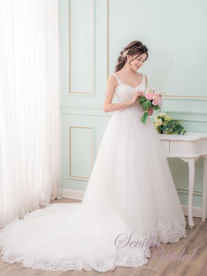 吊帶心型胸水晶串A-Line婚紗1.jpg