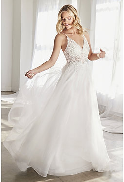 CD Ivory Venice Gown