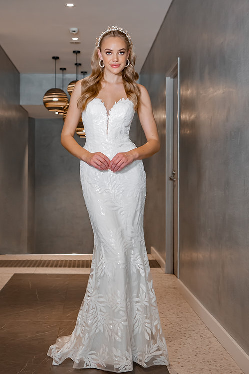 H Stella Sweetheart Gown