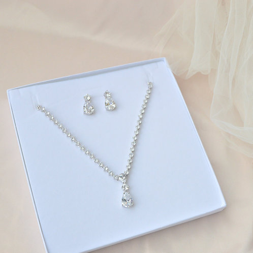Olivia Necklace & Earrings