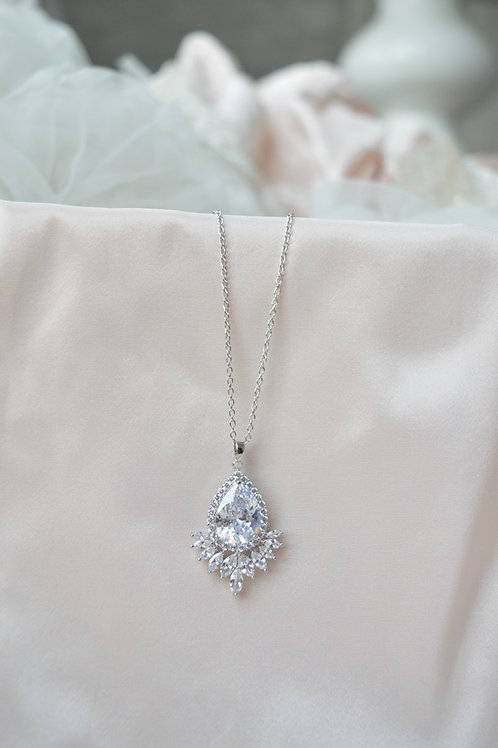 Glamour Bridal Necklace