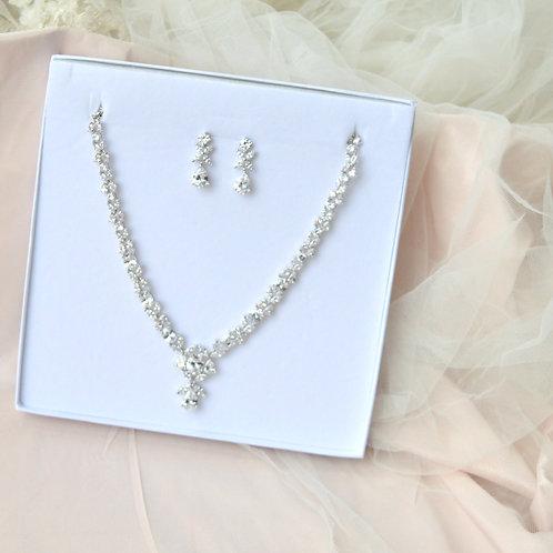 Sienna Necklace Earrings Set