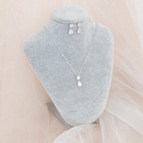 Tiffany Earrings & Necklace Set