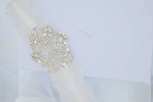 Chic Lace Bridal Garter