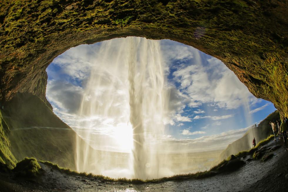 insidewaterfall-3826.jpg