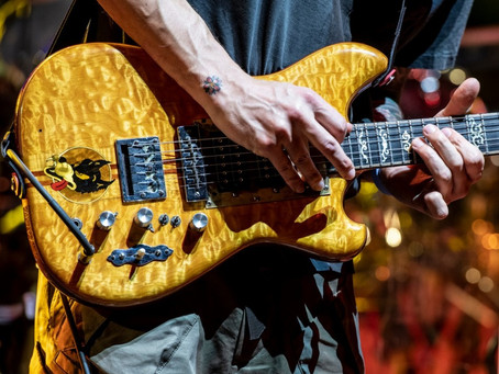 John Mayer plays Jerry's guitar Wolf at Dead & Company's Citi Field Show
