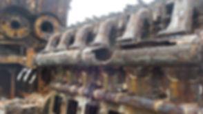 座礁船 エンジン部