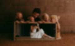 mother and children, vida images, renee johnstone