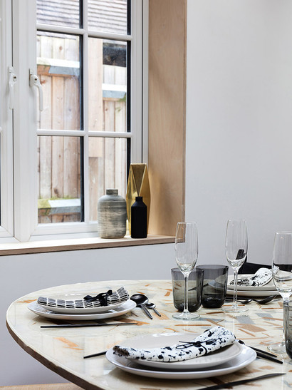 001 STH Dining Window Detail.jpg