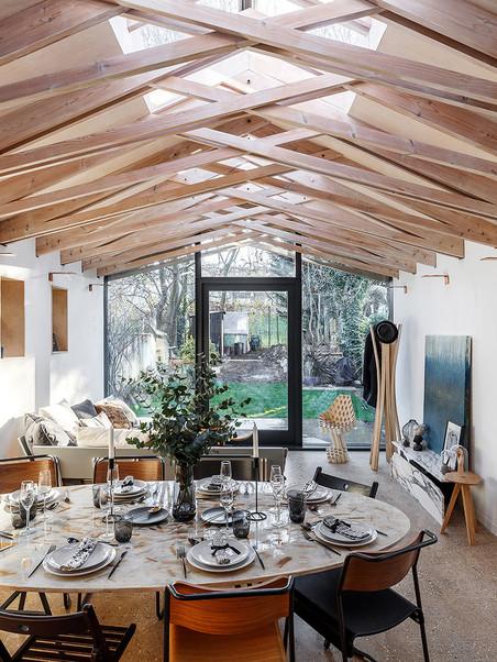Scissor Truss House - Living Room Centre