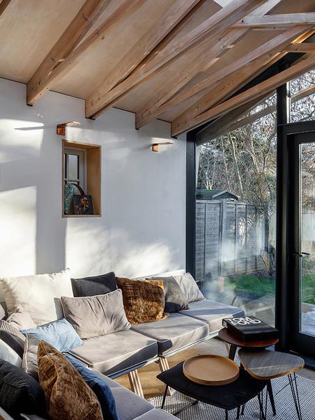 Scissor Truss House - Living Room