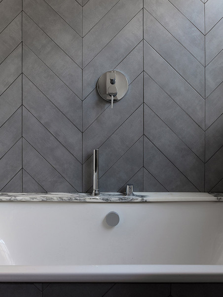 001 STH Bathroom.jpg