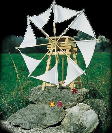 Windmühle mit weißen Segeln