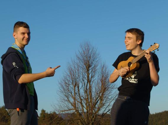 Taborniške ukulele