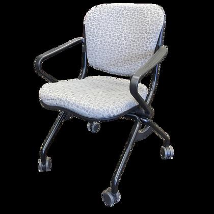 KI Torsion Nesting Chair